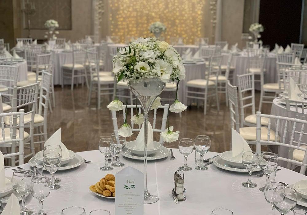 eskuvoi-dekoracio-asztali-disz