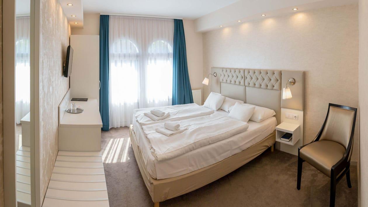 standard-hotelszoba-agy